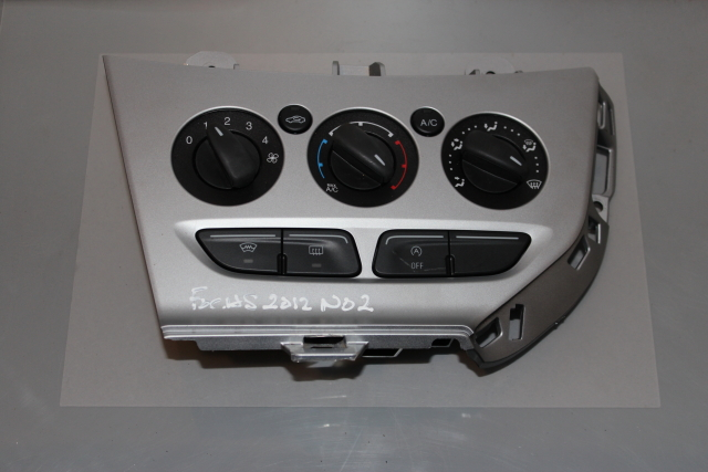 Ford Focus - Heater Control Switch