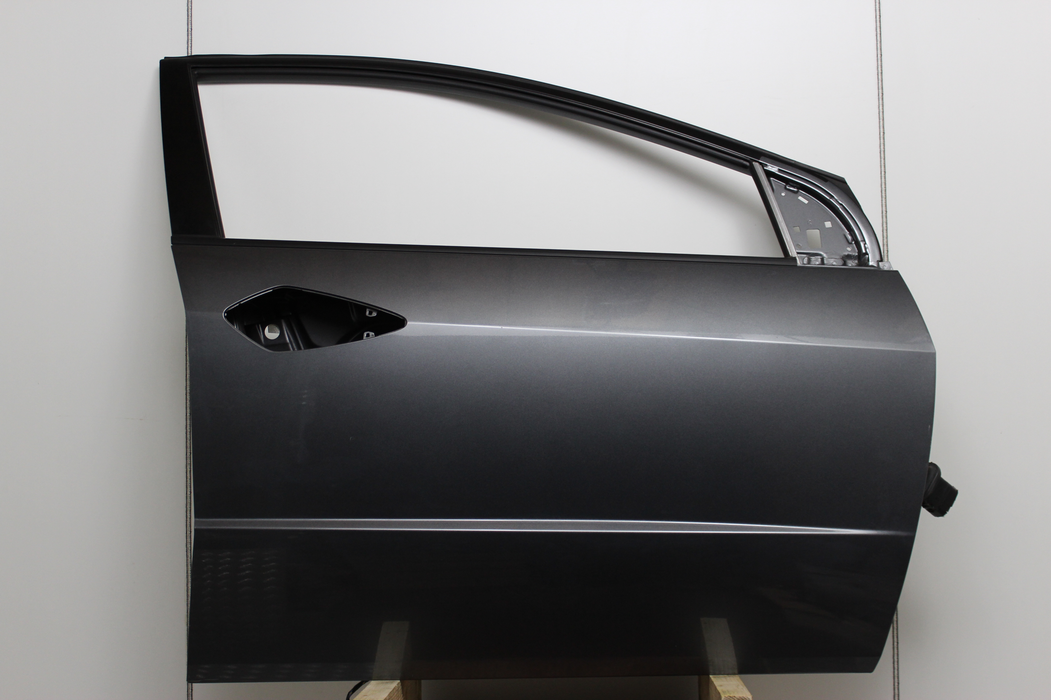 Honda Civic Door Front Drivers Side -  - Honda Civic 2010 Petrol 1.4L 2006--2011 Manual 6 Speed 5 Door Electric Mirrors, Electric Windows Front, 16 inch Alloy Wheels Engine Code L13Z1