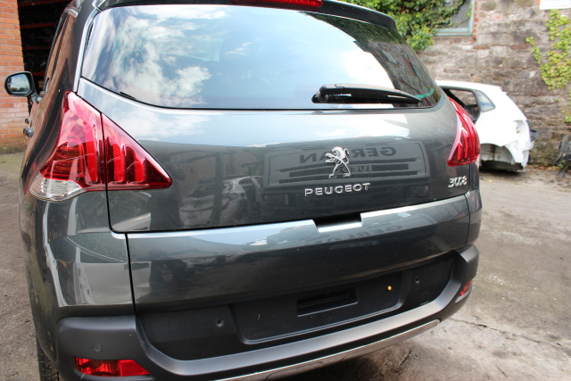 Peugeot 3008 Door Mirror Passengers Side -  - Peugeot 3008 2014 Diesel 1.6L Manual 6 Speed 5 Door
