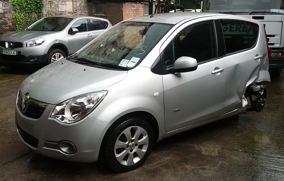 Opel Agila Door Mirror Passengers Side -  - Opel Agila 2009 Petrol 1.2L Manual 5 Speed 5 Door Electric Mirrors, Electric Windows Front & Rear, Alloy Wheels 15 inch