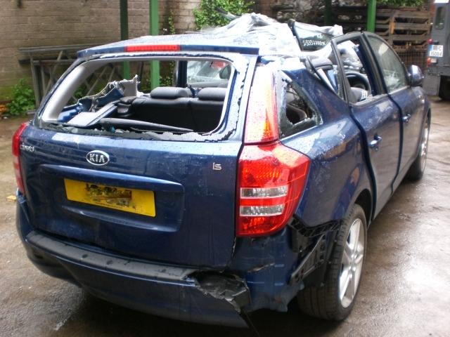 Kia Ceed Door Front Drivers Side -  - Kia Ceed 2008 Diesel 1.6L 2006--2011 Manual 5 Speed 5 Door Electric Mirrors, Electric Windows Front & Rear, Dark Blue
