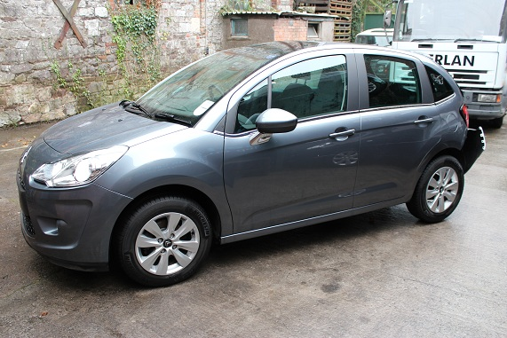 Citroen C3 Door Handle Outer Front Drivers Side -  - Citroen C3 2010 Diesel 1.4L 2009--2016 Manual 5 Speed 5 Door Electric Windows Front, Alloy Wheels, Grey Injector 0445110339