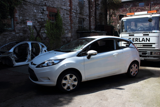 Ford Fiesta Bonnet Stay -  - Ford Fiesta 2012 Petrol 1.2L 2009--2017 Manual 5 Speed 3 Door Elt Windows Elt Mirrors 15 Inch Wheels