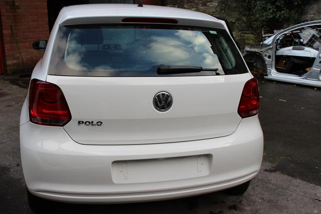 Volkswagen Polo Door Mirror Passengers Side -  - Volkswagen Polo 2014 Petrol 1.2L Engine Code CGP Manual 5 Speed 5 Door Elt Windows Front Manual Mirrors. 14 Inch Steel Wheels