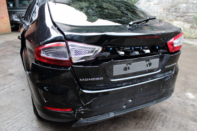 Ford Mondeo Gearbox -  - Ford Mondeo 2012 Diesel 2.0L Engine Code: TXBA Manual 6 Speed 5 Door Electric Mirrors, Electric Windows Front & Rear, Alloy Wheels 18 inch, Black