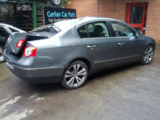 Volkswagen Passat Door Front Passengers Side -  - Volkswagen Passat 2009 Petrol 1.8L BZB Manual 6 Speed 4 Door Electric Mirrors, Electric Windows Front & Rear, Alloy Wheels 18 inch