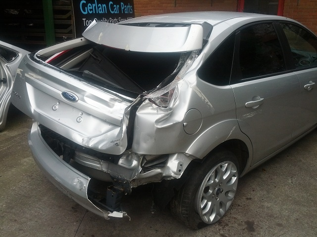 Ford Focus Door Check Strap Front Passengers Side -  - Ford Focus 2009 Petrol 1.6L 2005--2011 Manual 5 Speed 5 Door Electric Mirrors, Electric Windows Front, Alloy Wheels,17 Inch Silver,